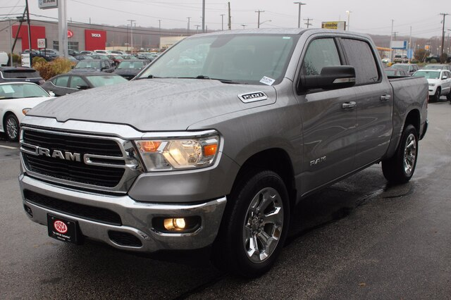 2019 Ram 1500 Crew Cab 4x4, Pickup #RU579A - photo 9