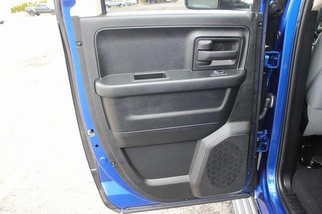 2017 Ram 1500 Quad Cab 4x4, Pickup #RU910 - photo 20