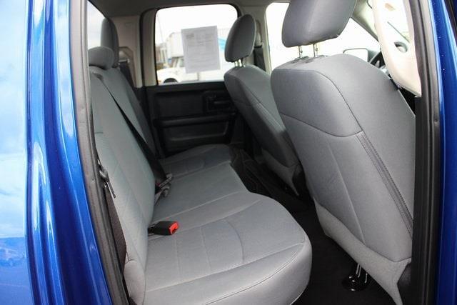 2017 Ram 1500 Quad Cab 4x4, Pickup #RU910 - photo 25