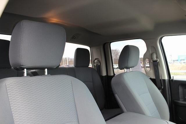 2017 Ram 1500 Quad Cab 4x4, Pickup #RU910 - photo 28