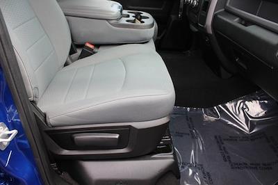 2017 Ram 1500 Quad Cab 4x4, Pickup #RU910 - photo 27