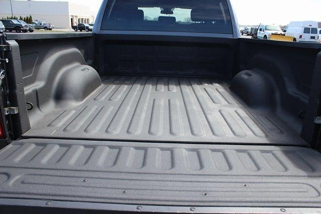 2017 Ram 1500 Quad Cab 4x4, Pickup #RU912 - photo 21