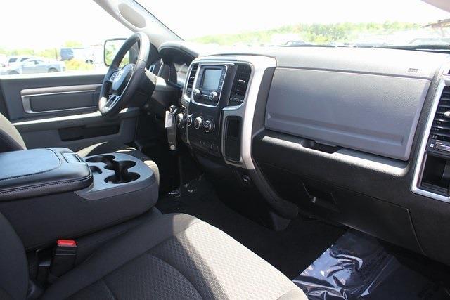 2020 Ram 1500 Quad Cab 4x4, Pickup #RU958 - photo 31