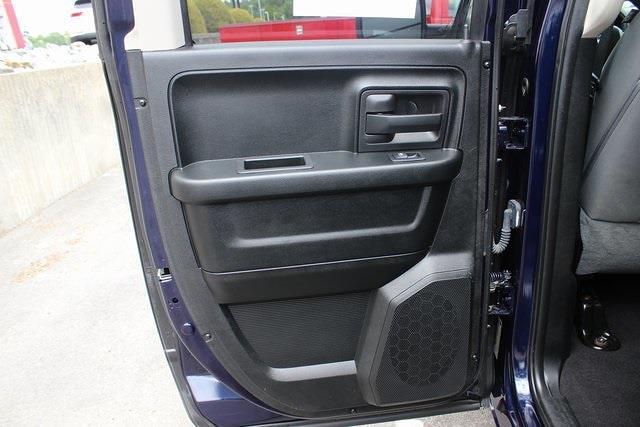 2018 Ram 1500 Quad Cab 4x4, Pickup #RU975 - photo 20