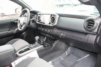 2020 Toyota Tacoma Double Cab 4x4, Pickup #RUSURU690B - photo 32
