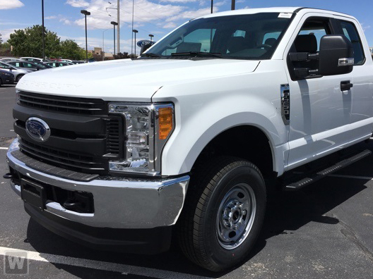 2017 F-250 Super Cab 4x4 Pickup #HEE90768 - photo 1