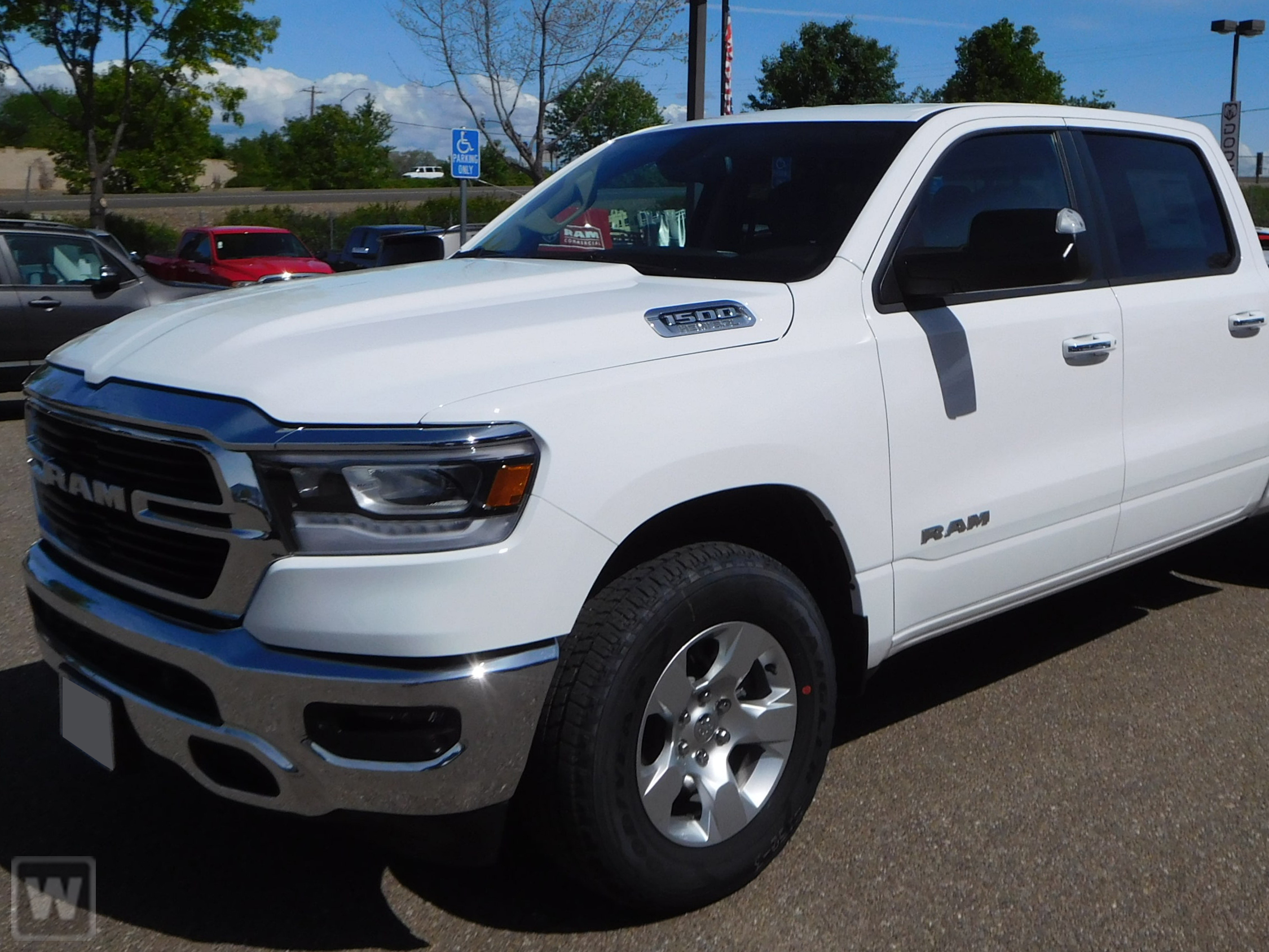 2019 Ram 1500 Crew Cab 4x4,  Pickup #KN584133 - photo 1