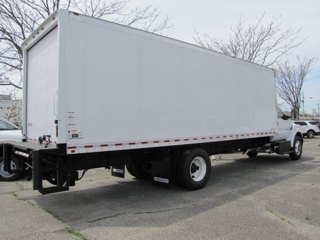 2018 F-750 Regular Cab DRW 4x2,  Morgan Dry Freight #24759 - photo 4