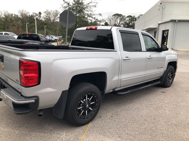 2017 Silverado 1500 Crew Cab Pickup #144758 - photo 2