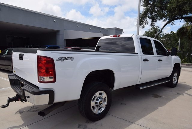 2013 Silverado 3500 Crew Cab 4x4, Pickup #167918 - photo 2