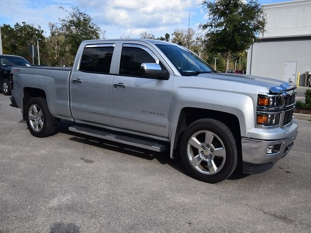 2014 Silverado 1500 Crew Cab 4x2,  Pickup #178199 - photo 1