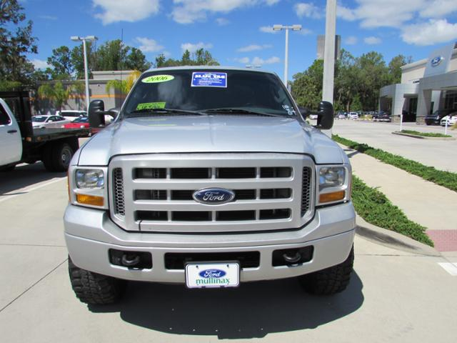 2006 F-350 Crew Cab 4x4, Pickup #B19499 - photo 3