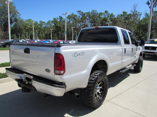 2006 F-350 Crew Cab 4x4, Pickup #B19499 - photo 2