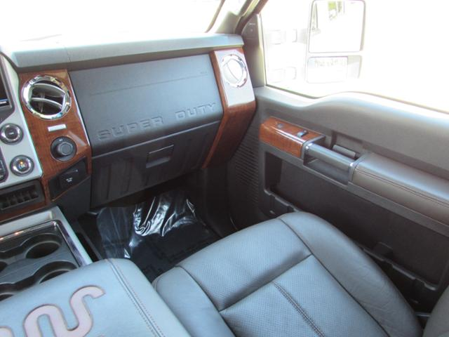 2015 F-250 Crew Cab 4x4, Pickup #B75853 - photo 14