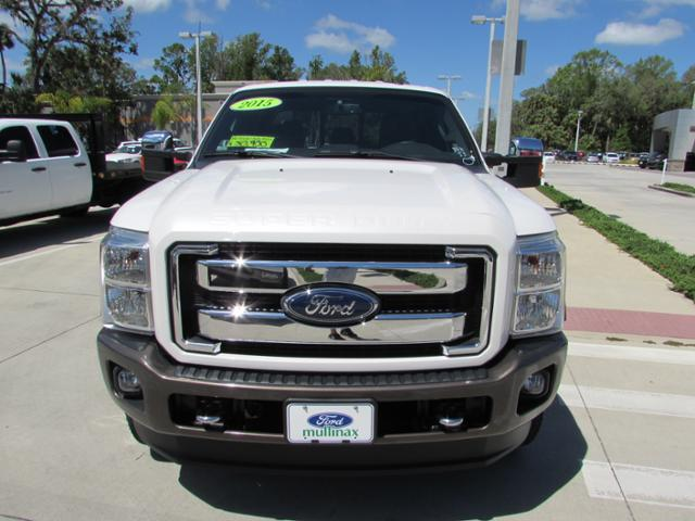 2015 F-250 Crew Cab 4x4, Pickup #B75853 - photo 3