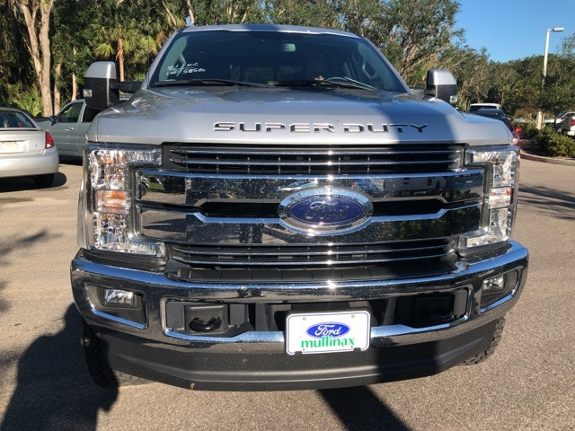 2017 F-250 Crew Cab 4x4 Pickup #B83299 - photo 3