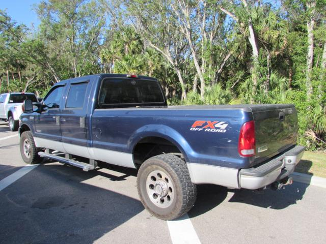 2005 F-350 Crew Cab 4x4, Pickup #B89305 - photo 2