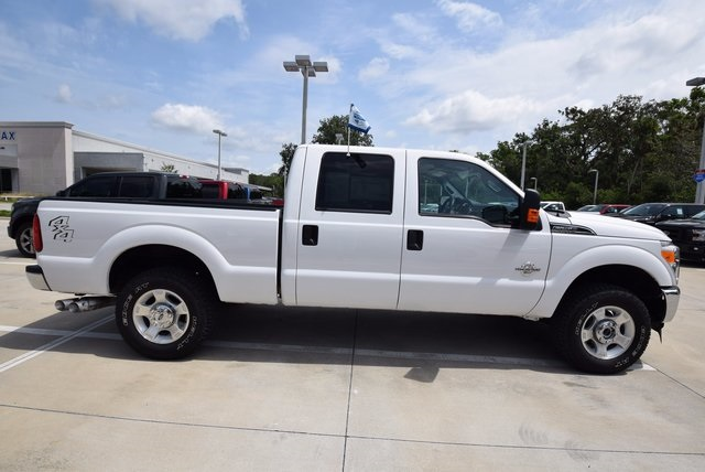 2016 F-250 Crew Cab 4x4, Pickup #C52613F - photo 3