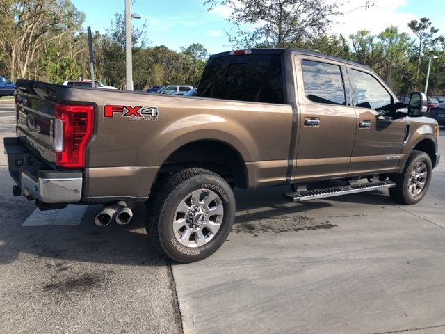 2017 F-250 Crew Cab 4x4, Pickup #C74377 - photo 2