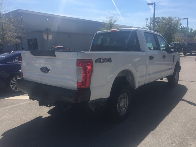 2017 F-250 Crew Cab 4x4, Pickup #D27892F - photo 2