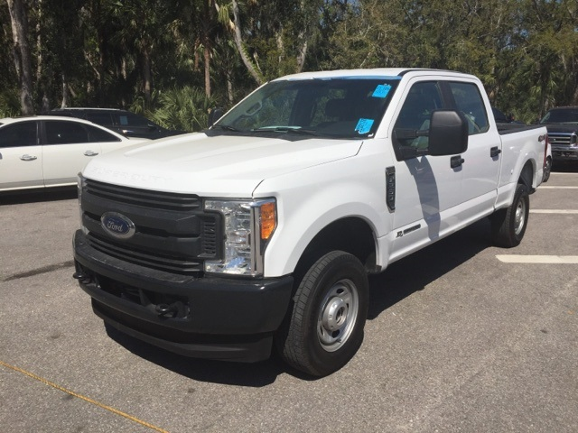 2017 F-250 Crew Cab 4x4, Pickup #D27892F - photo 6