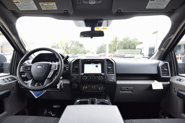 2019 F-150 SuperCrew Cab 4x2,  Pickup #FA30589 - photo 17