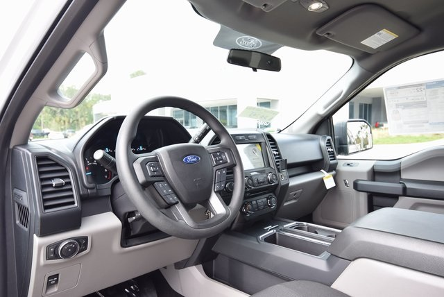 2018 F-150 SuperCrew Cab 4x2,  Pickup #FB52223 - photo 6