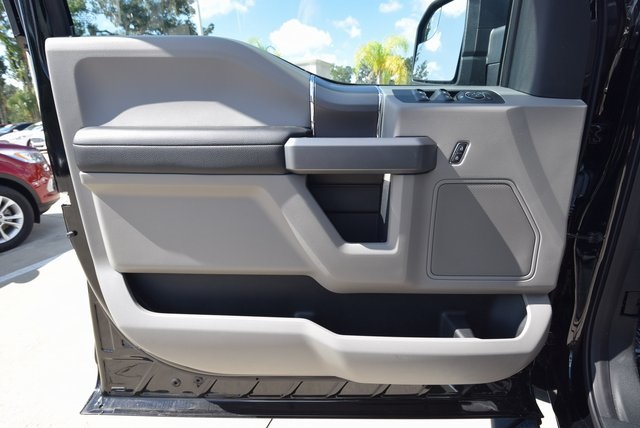 2018 F-150 SuperCrew Cab 4x2,  Pickup #FC76853 - photo 16