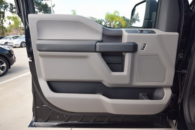 2018 F-150 Regular Cab 4x2,  Pickup #FF87931 - photo 14