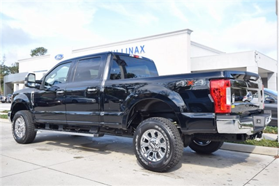 2018 F-250 Crew Cab 4x4, Pickup #HB34352 - photo 22
