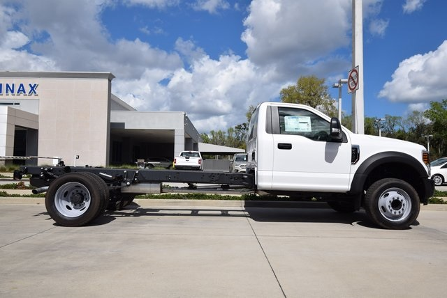 2018 F-450 Crew Cab DRW 4x4, Knapheide Platform Body #HB61244 - photo 3