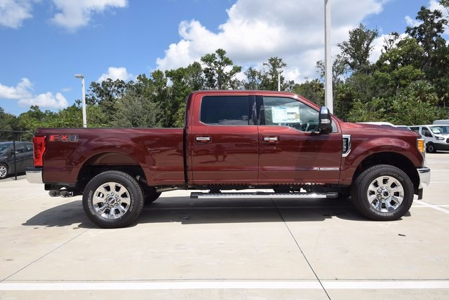 2017 F-250 Crew Cab 4x4 Pickup #HB67886 - photo 5