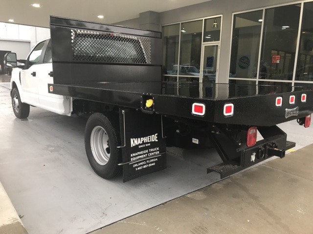 2017 F-350 Crew Cab DRW, Platform Body #HB81112 - photo 5