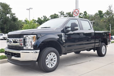 2018 F-250 Crew Cab 4x4,  Pickup #HC87599 - photo 4