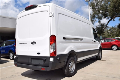 2018 Transit 250 Cargo Van #RA05147 - photo 4