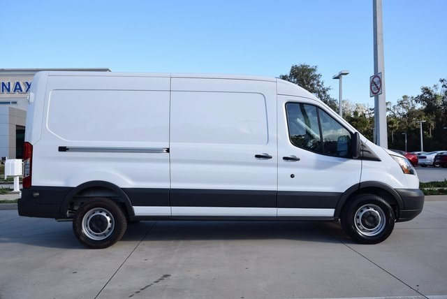 2018 Transit 250 Cargo Van #RA09394 - photo 4