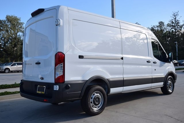 2018 Transit 250 Cargo Van #RA09394 - photo 3