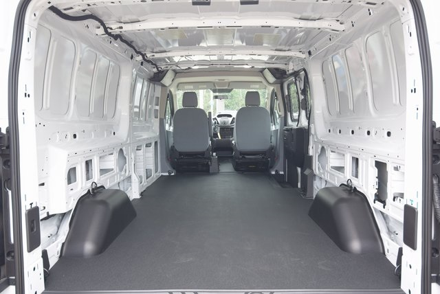2018 Transit 250 Low Roof 4x2,  Empty Cargo Van #RA83476 - photo 21