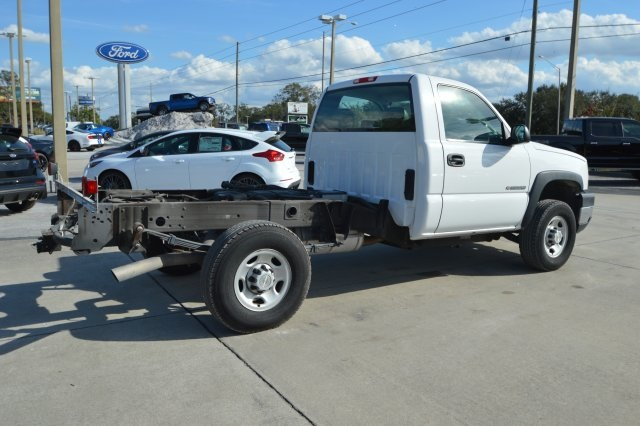 2007 Silverado 2500 Regular Cab 4x4 Cab Chassis #127458C - photo 2