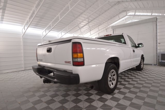 2005 Sierra 1500 Regular Cab, Pickup #256395 - photo 2