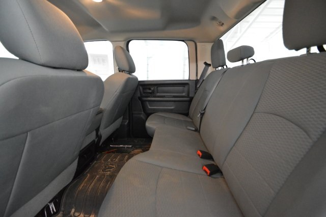 2014 Ram 1500 Crew Cab 4x4, Pickup #381103 - photo 27