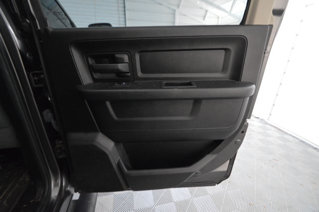 2014 Ram 1500 Crew Cab 4x4, Pickup #381103 - photo 30