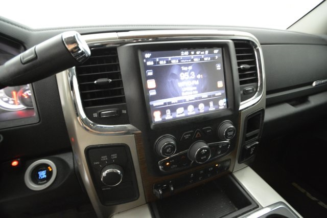 2015 Ram 3500 Mega Cab DRW 4x4, Pickup #565160 - photo 24