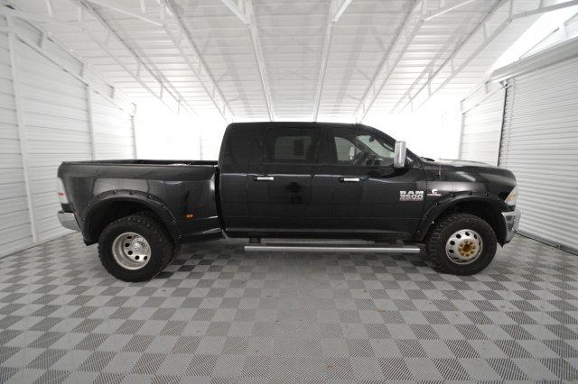 2015 Ram 3500 Mega Cab DRW 4x4, Pickup #565160 - photo 3