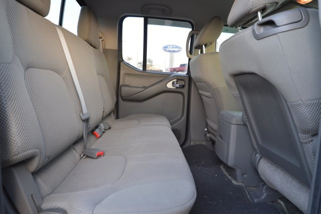 2014 Frontier Crew Cab Pickup #744693 - photo 34
