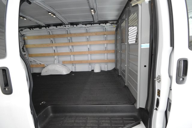 2017 Savana 2500,  Empty Cargo Van #911224M - photo 23
