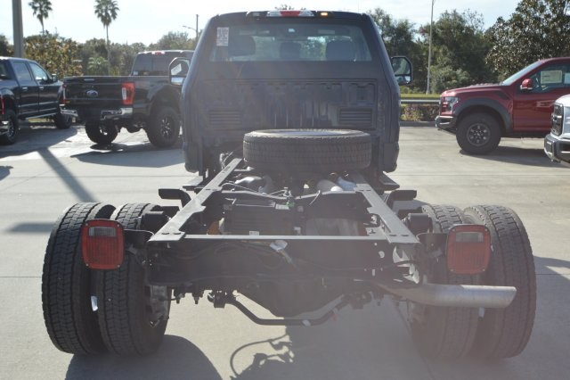2018 F-450 Regular Cab DRW 4x2,  Cab Chassis #A00009F - photo 3