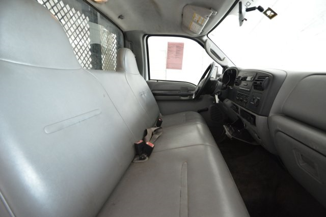 2006 F-350 Regular Cab DRW, Platform Body #A79465 - photo 28