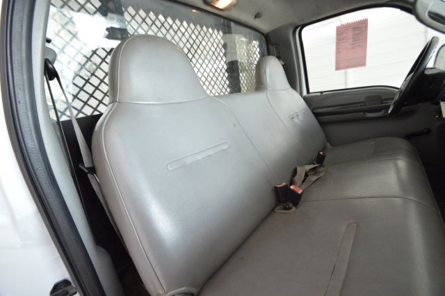 2006 F-350 Regular Cab DRW, Platform Body #A79465 - photo 29