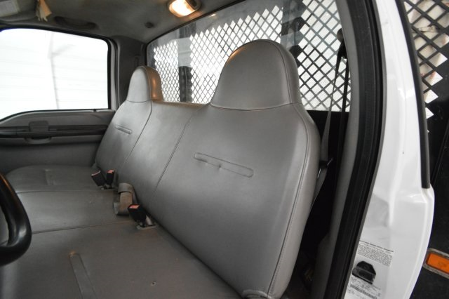 2006 F-350 Regular Cab DRW, Platform Body #A79465 - photo 10